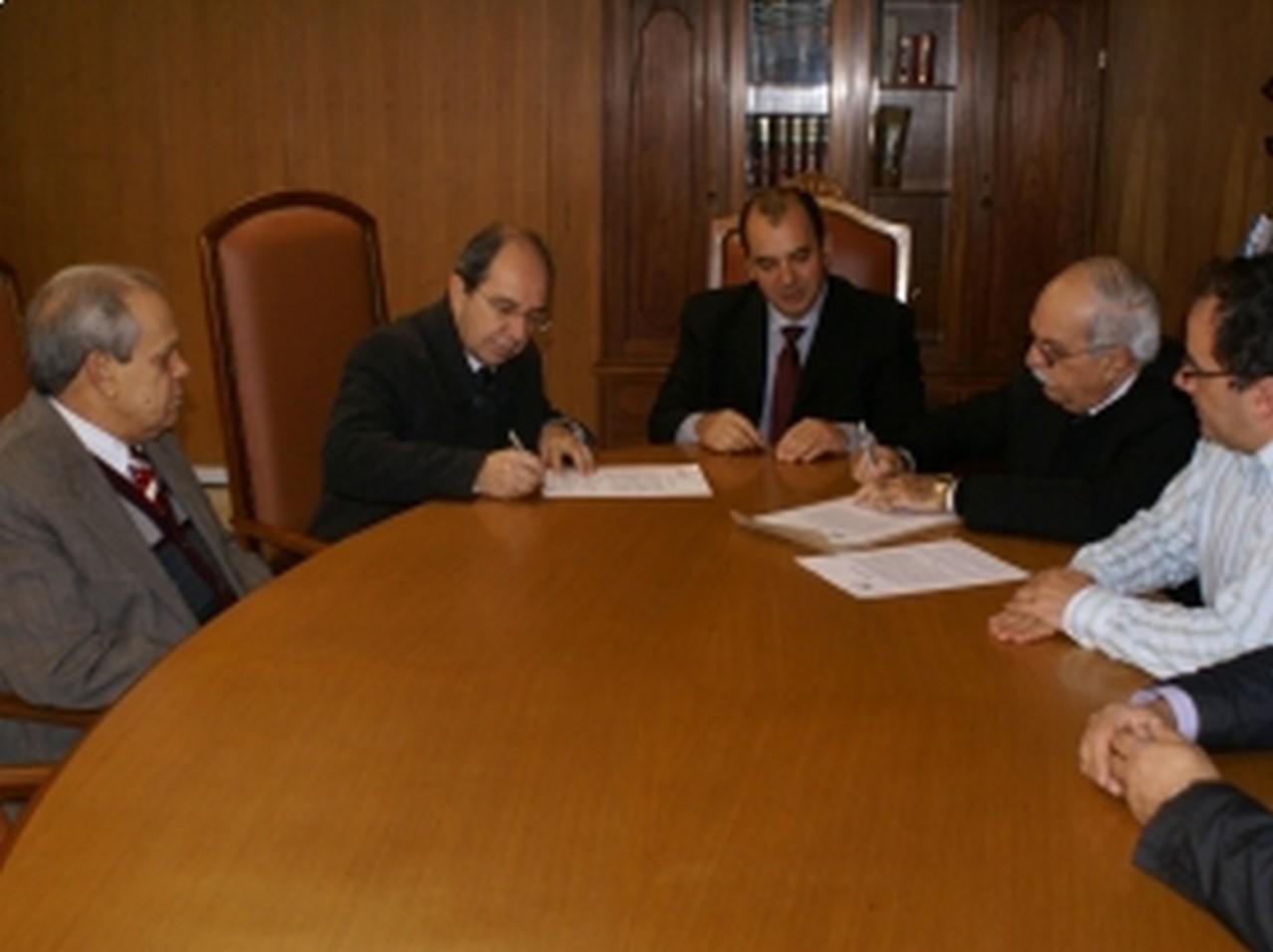 AMP/RS e IPE firmam Termo de Coopera��o para atendimento em sa�de